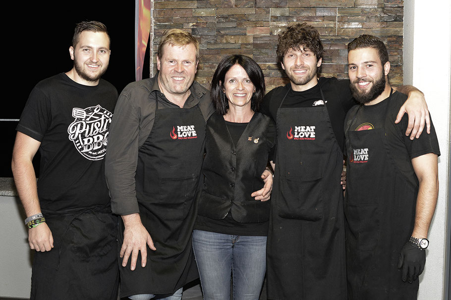 Das MEAT LOVE Team mit Diplomsommelier Anita Mancini