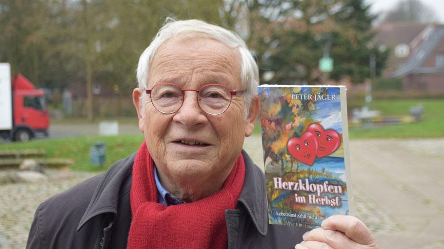 """""""Herzklopfen im Herbst"""" heißt das neue Buch von Peter Jäger (79)"""