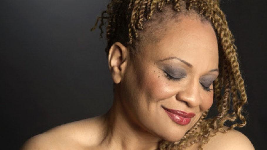 Die amerikanische Sängerin Julie Silvera kommt zum Sommer-Jazz nach Quickborn