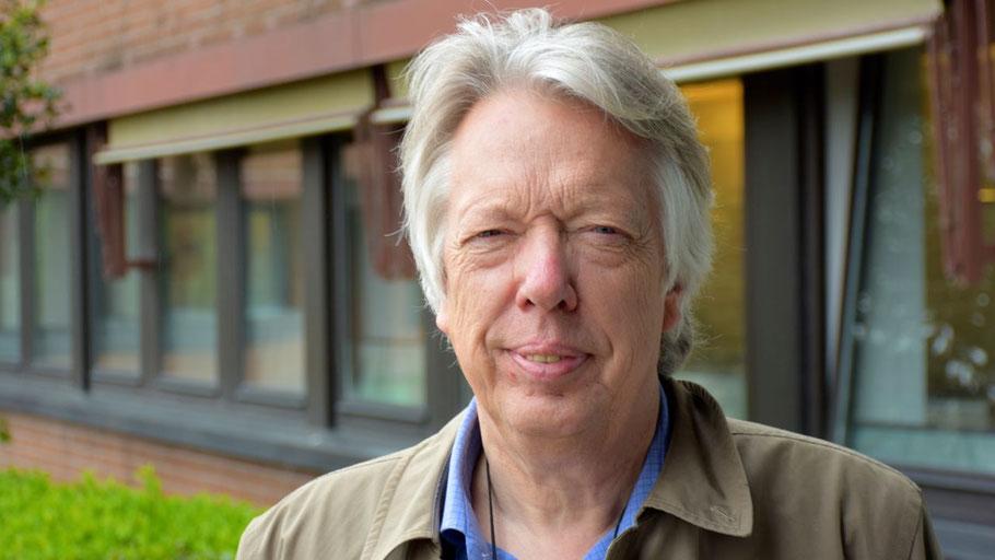 Der SPD-Bundestagsabgeordnete Dr. Ernst Dieter Rossmann verspricht Mittel des Bundes für den Einbruchsschutz