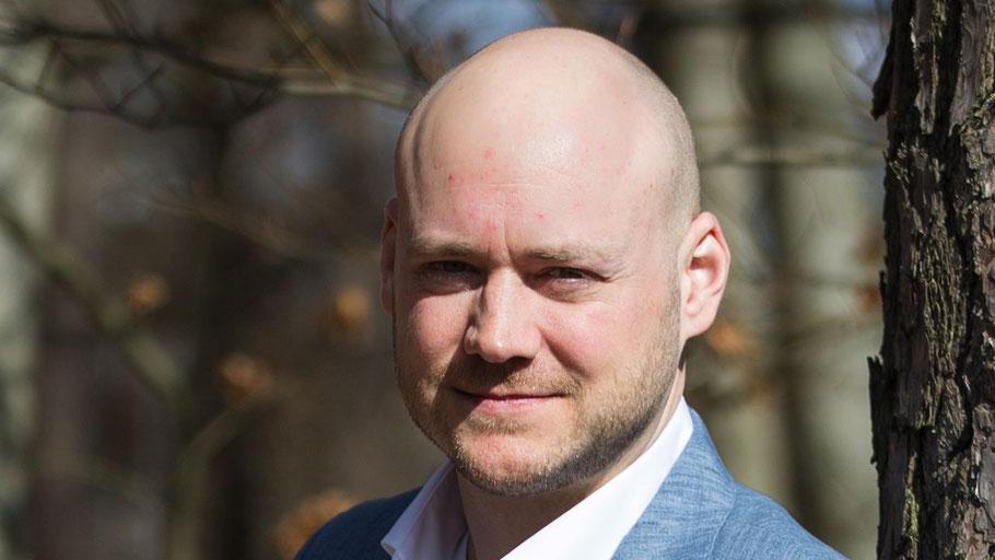 Julian Huemke plädiert für einen Ausbau des Radwegenetzes in Quickborn