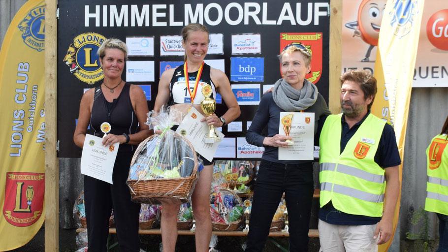Die Siegerinnen des 9,1-km-Hauptlaufes: Christine Dörscher, Stephanie Rösner und Johanna Goldschmidt