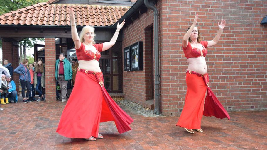Traditionell gehört der Bauchtanz zu den Höhepunkten des Ausländerfestes