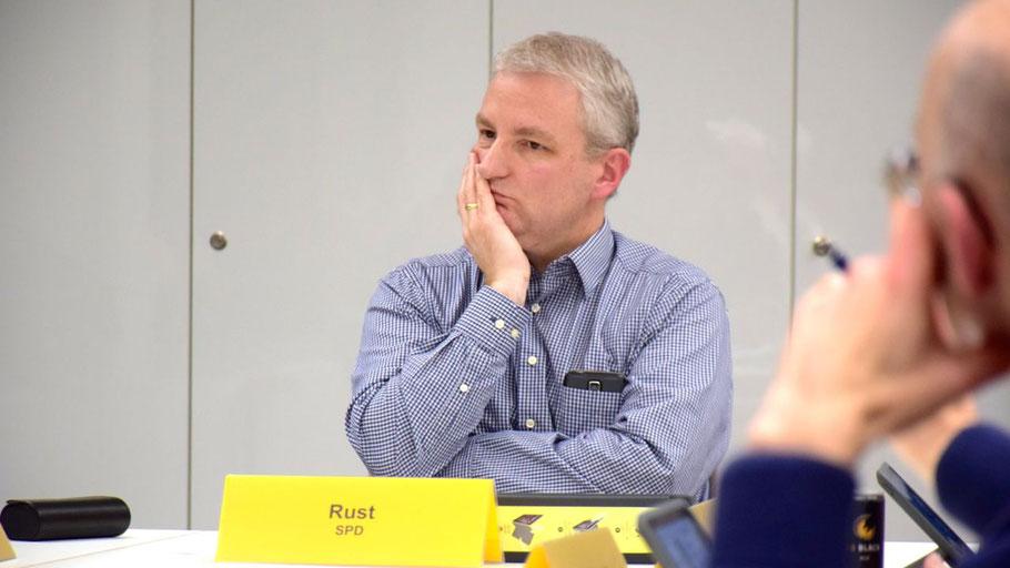 Ausschussvorsitzender Dirk Rust (SPD)