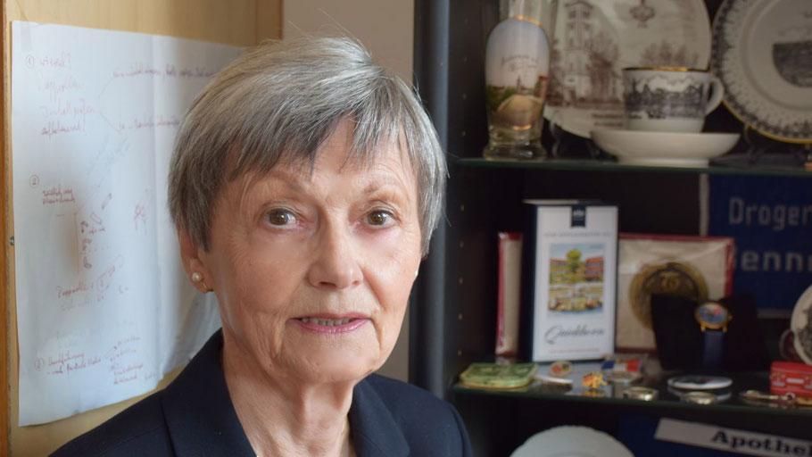 Irene Lühdorff leitet den neuen Literaturlesekreis der VHS Quickborn