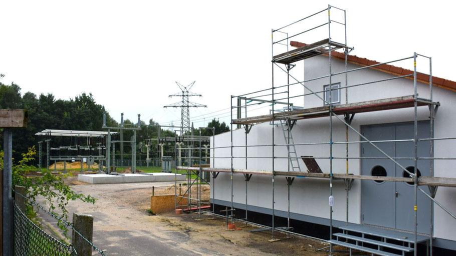 An der Max-Weber-Straße entstehen die neuen Anlagen für das modernisierte Umspannwerk.