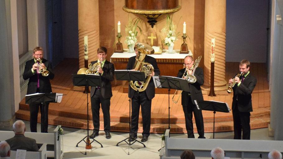 Unterhaltung auf hohem Niveau bot das emBRASSment-Quintett in der Marienkirche.