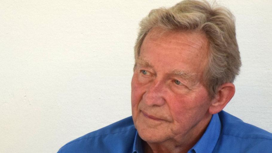 Ausschussvorsitzender Wolfgang Tröger (SPD) konnte trotz Fußball alle Ausschussmitglieder zur Sitzung begrüßen.