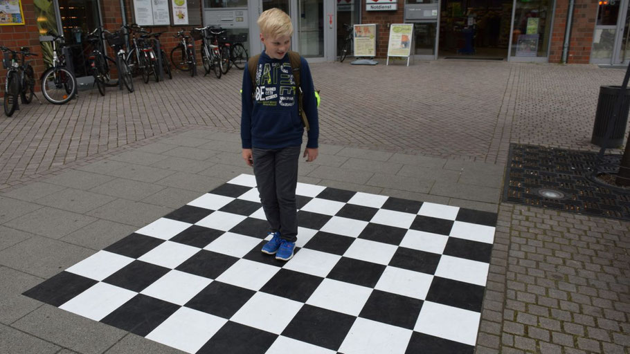 Neu am Forum: ein Schachbrett für unterhaltsame Stunden.