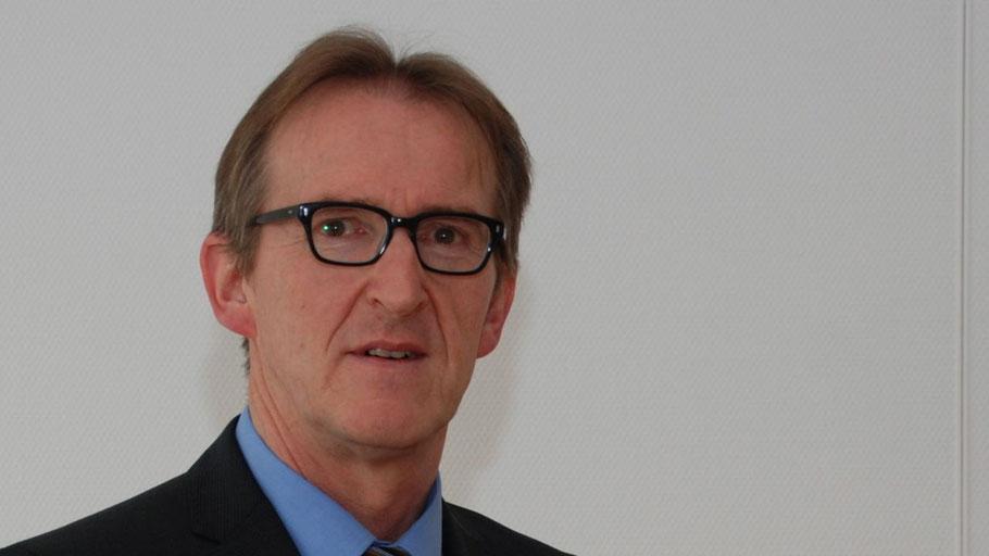 Ausbildungsleiter Egbert Feldhaus freut sich auf viele neue Auszubildende in seinem Unternehmen