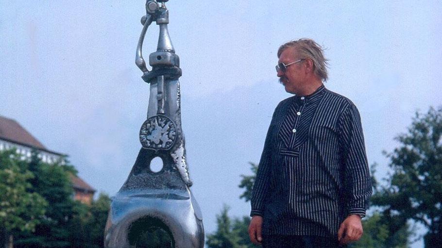 Der Künstler Walter Arno war u.a. für seine Edelstahlskulpturen bekannt.