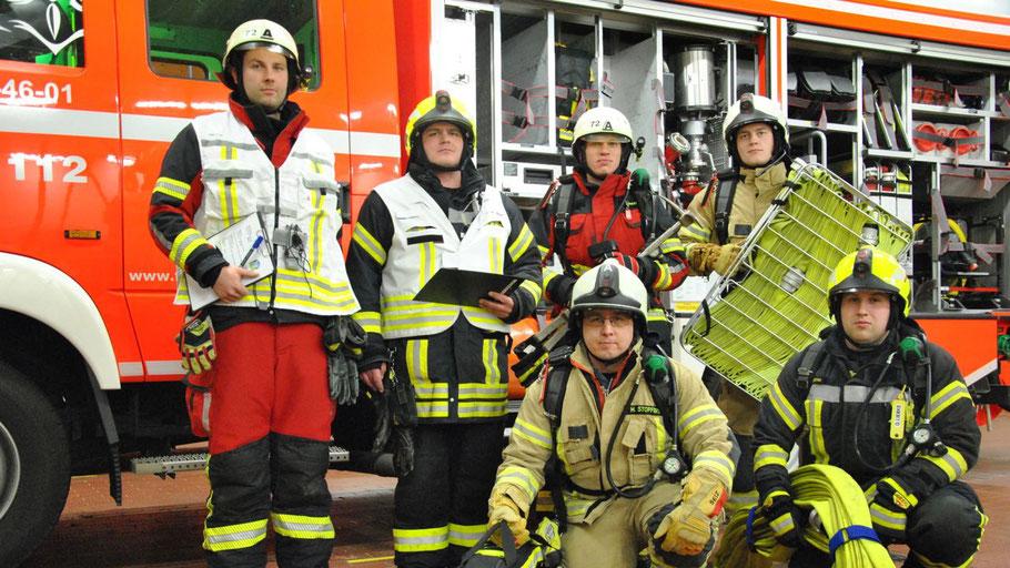 Auch bei der Ausbildung arbeiten die Feuerwehren zusammen: die Ausbilder aus Bilsen, Hasloh und Quickborn