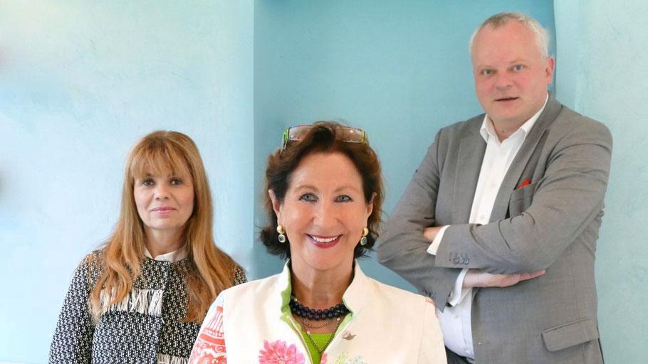 Die neue Rotary-Präsidentin Ute Pfestorf (Mitte) hat gemeinsam mit Ulrike Schaepers und Dr. Stefan Liebing viele Pläne zum Thema Digitalisierung