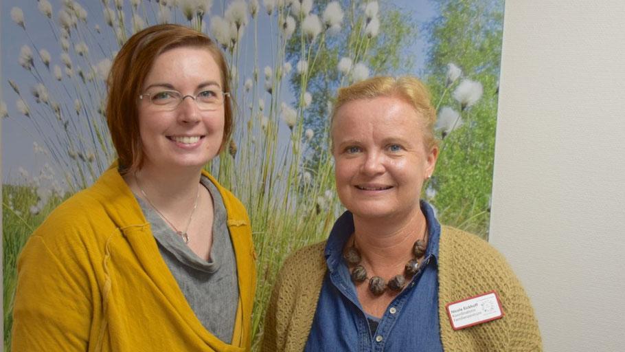 Quickborns Gleichstellungsbeauftrage Hannah Gleisner und Nicole Eickhoff, Leiterin des Familienzentrums, freuen sich auf Teilnehmerinnen