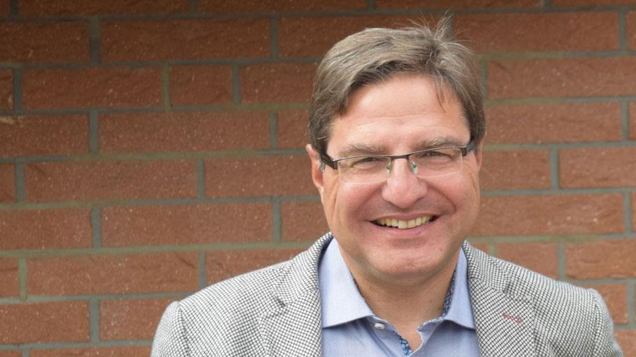 Stiftungsvorstand Bürgermeister Thomas Köppl freut sch auf Bewerbungen
