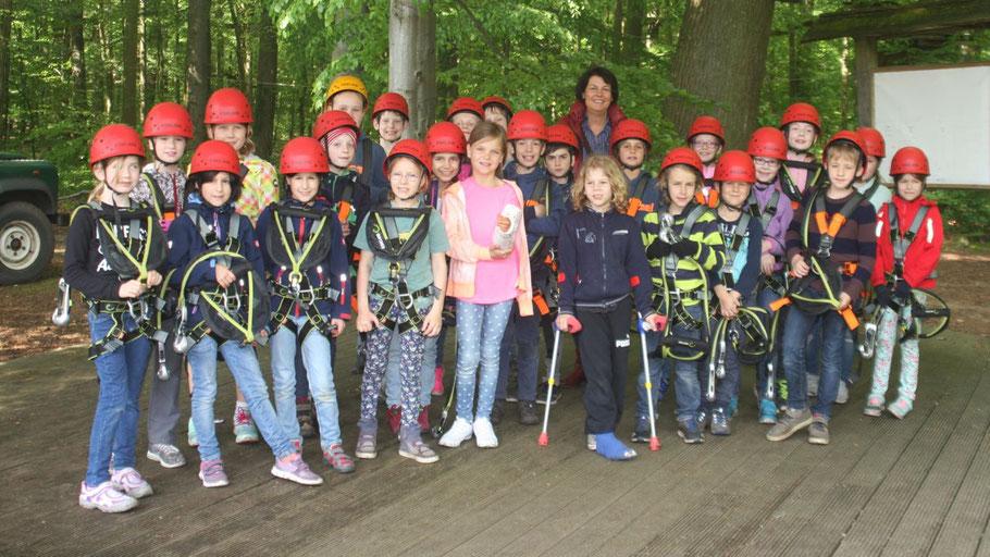 Ein Besuch im Kletterpark war eines der Highlights des Aufenthalts im Rosa-Scholl-Haus.