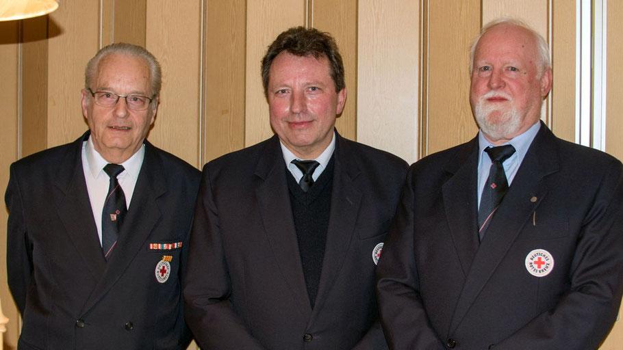 In ihren Ämtern bestätigt wurden (v.l.) Trutz Heggblum (Schatzmeister), Hans-Herrmann Behncke (Vorsitzender) und Karl-Heinz Tapken (stellvertretender Vorisitzender).
