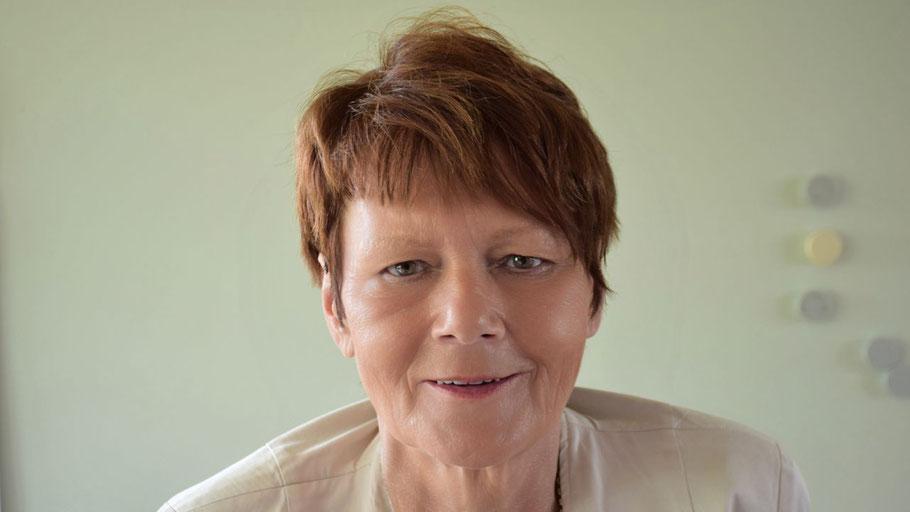 Birgit Raphael gibt zusätzliche Informationen zur Regensteuer