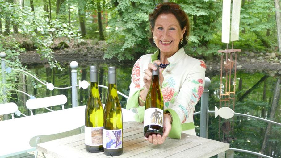 Auch Rotary-Präsidentin Ute Pfestorf wird die Jubiläumswein-Edition am 29. August  vorstellen