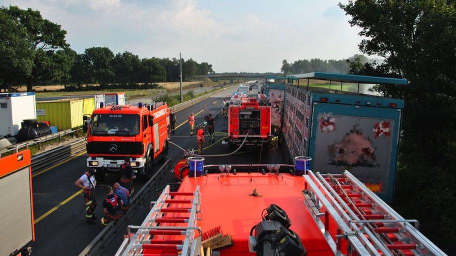 Großeinsatz für die Quickborner Feuerwehr auf der A7.