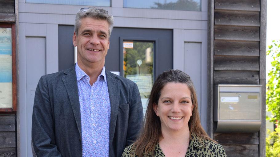 Freuen sich über die Anerkennung ihrer Arbeit: Ehrenamtskoordinatorin Mirija Mullikas und Christian Rohde, Leiter des Diakonischen Werks in Quickborn (Archivbild)