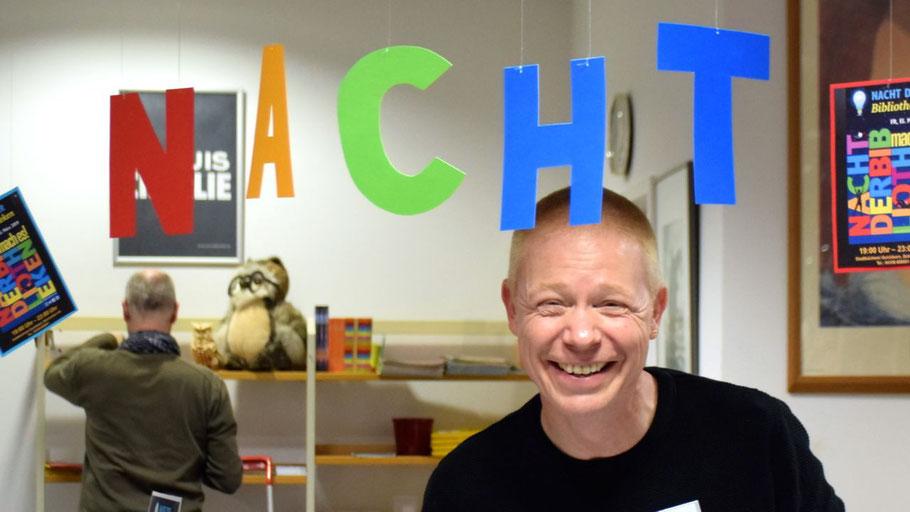 """Grund zur Freude hatte Büchereileiter Klaus Fechner: Die erste """"Nacht der Bibliotheken"""" war ein voller Erfolg"""