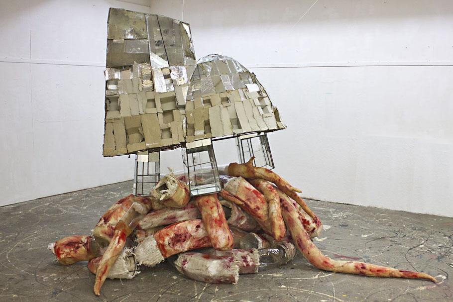 Installation von Simone Fezer