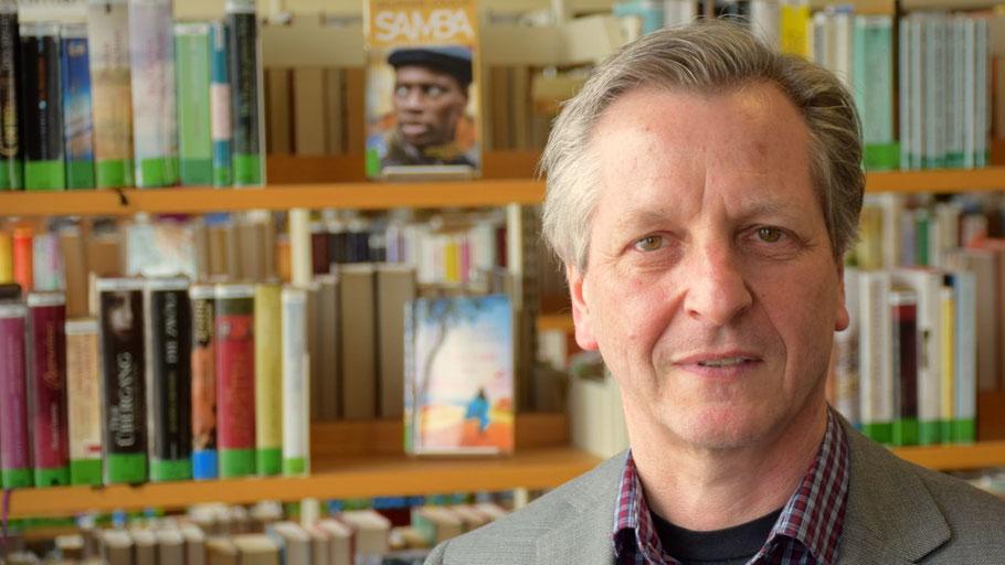 Fachbereichsleiter Burkhard Arndt verantwortet die Starterkurse für Flüchtlinge der VHS Quickborn