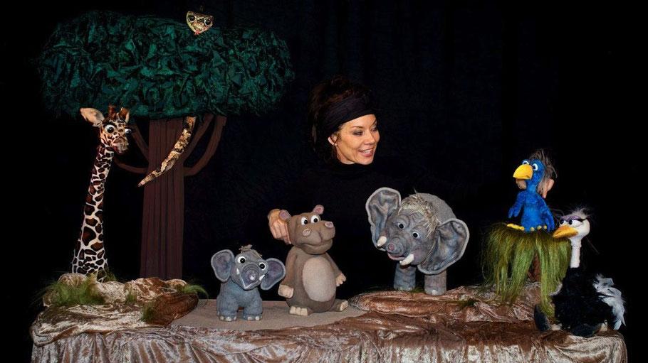 Eine spannende Geschichte erwartet die kleinen Besucher bei den Stadtwerken Quickborn / Foto: Moving puppets