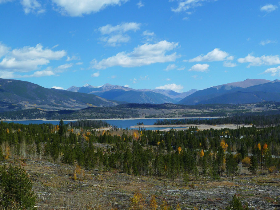 Dillon Reservoir bei Silverthorne, CO
