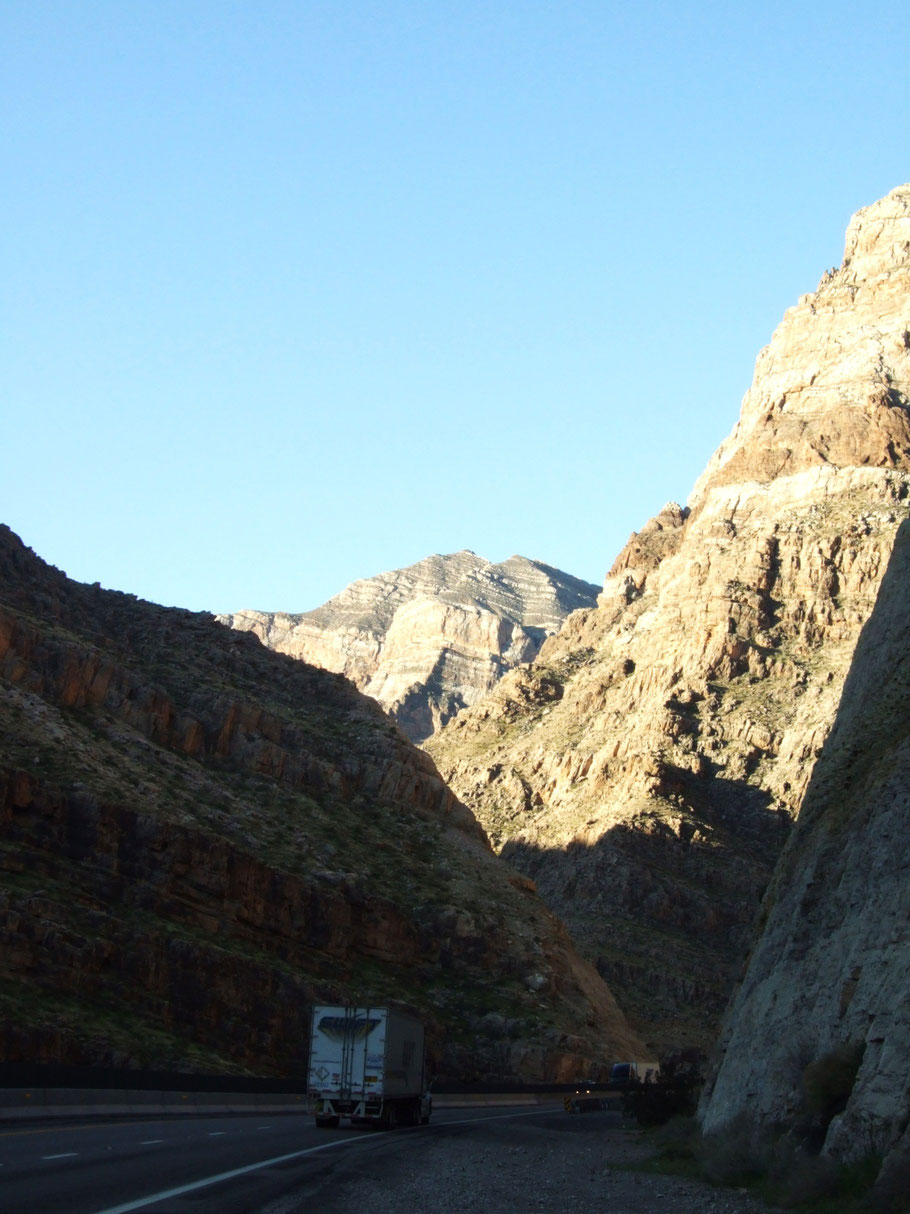 Virgin River Gorge, UT