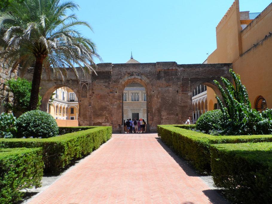Patio del León, Alcazar.