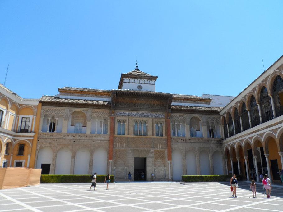 Patio de la Montería, Alcazar.