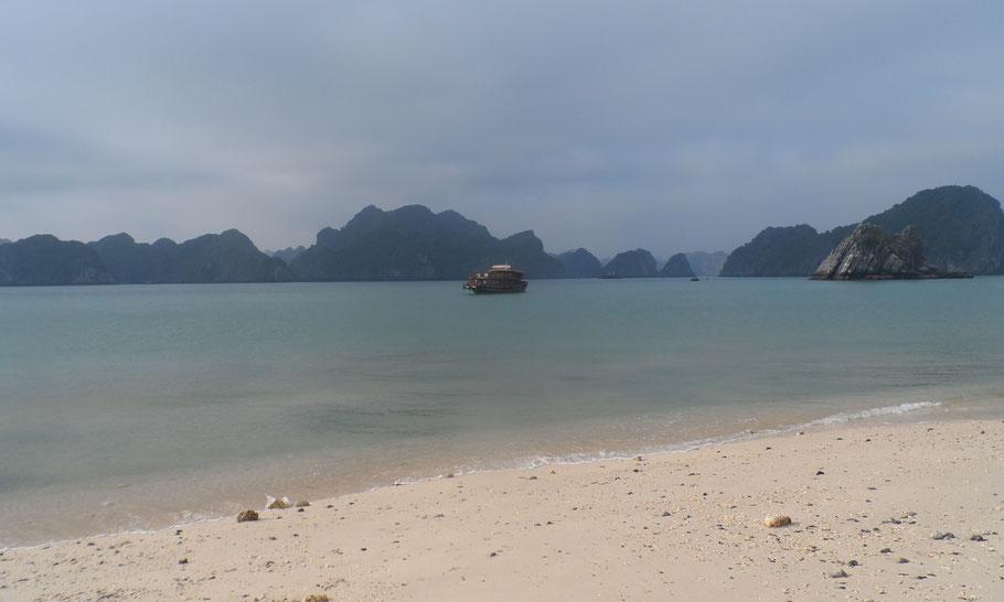 Baie d'Hạ Long.