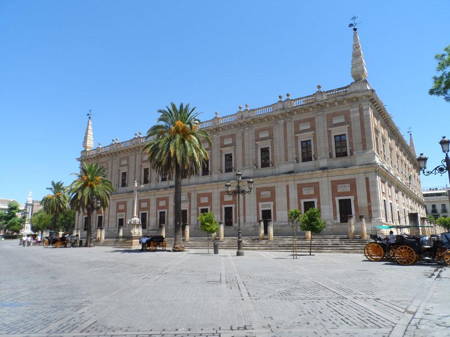 Archives générales des Indes, Calle Fray Ceferino González.
