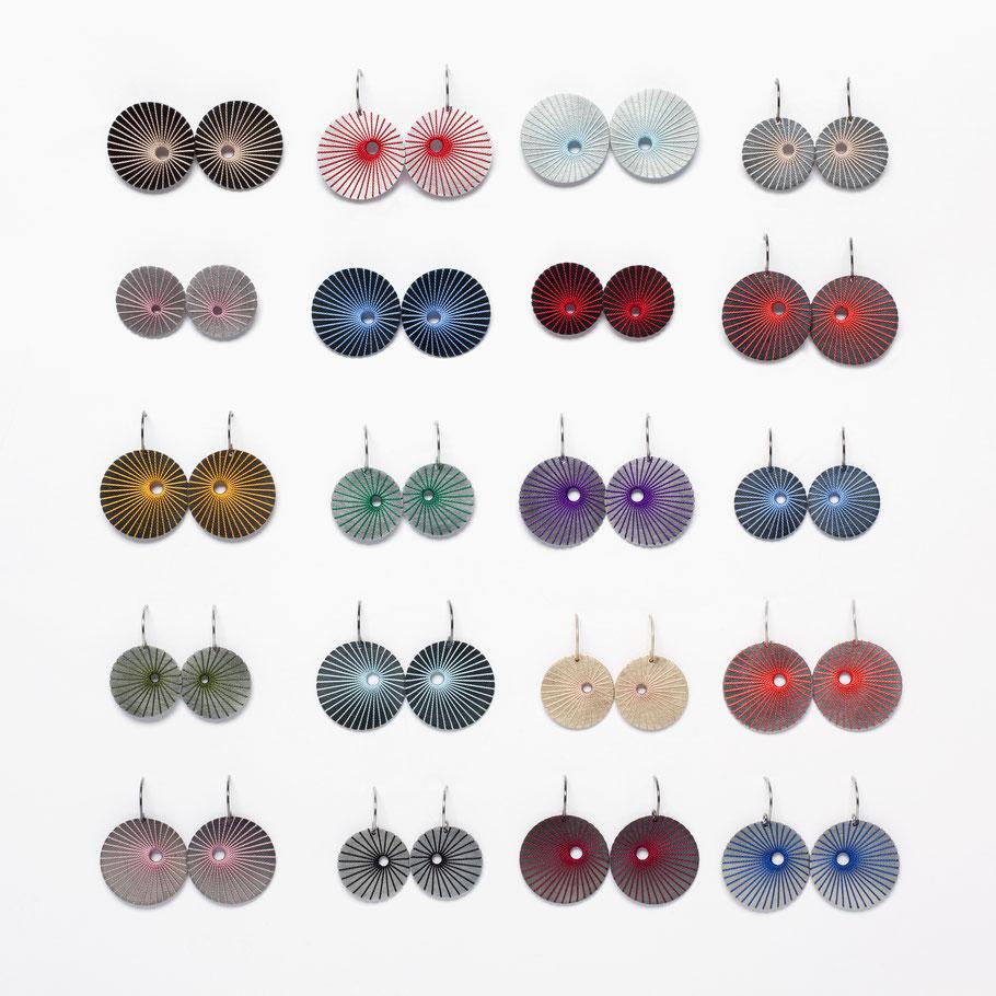 pompons - Ohrschmuck : Silber oder Edelstahl mit Seide in sehr vielen Farbtönen