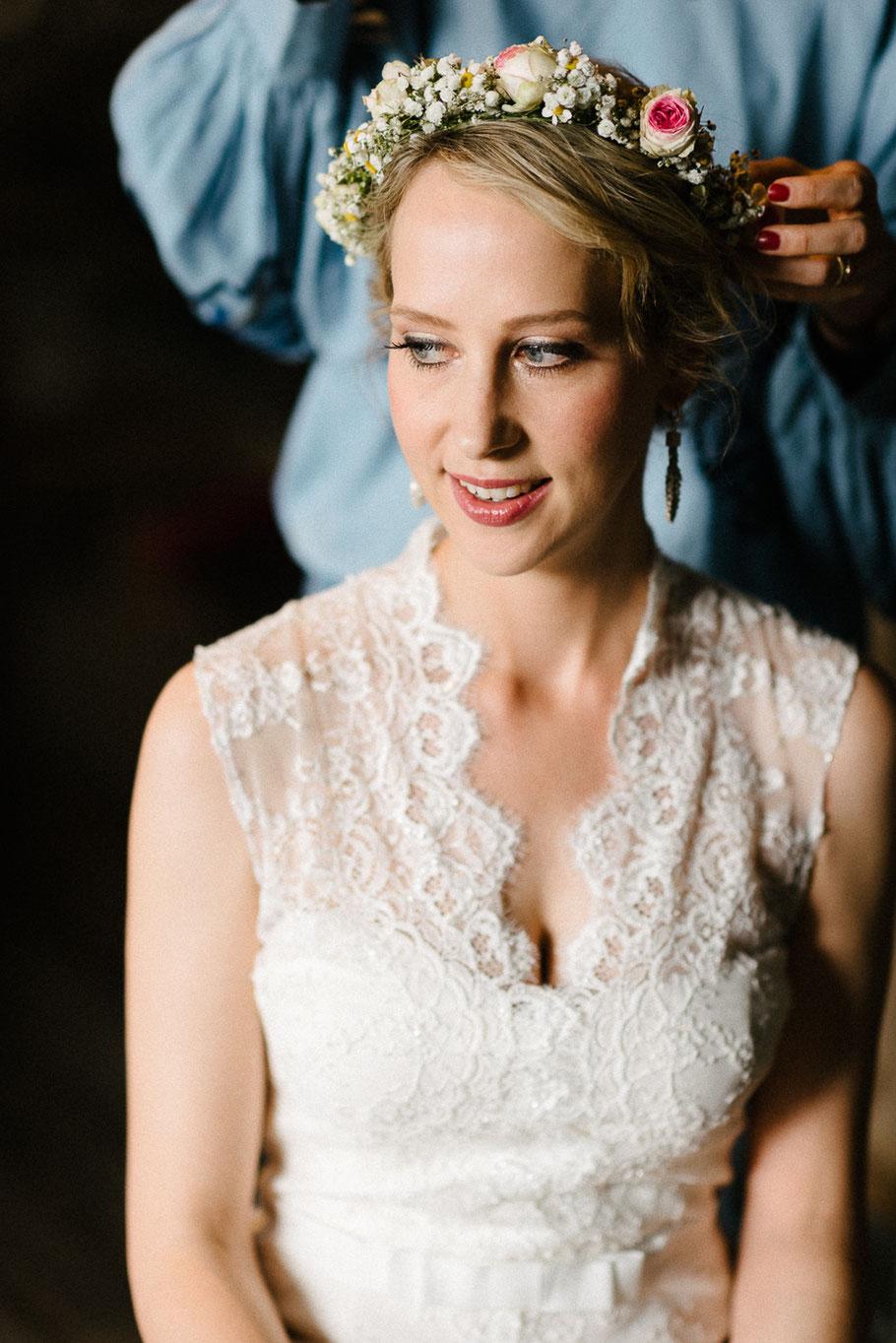 Porträt hübsche Braut Blumen Sankt Peter Hochzeitsfotograf