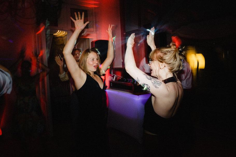 Frauen Party Hände hoch