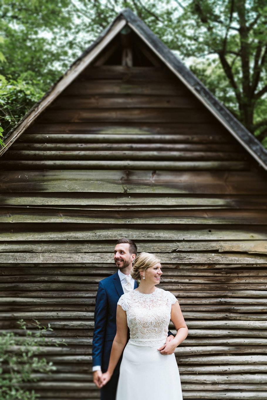 Linien Wald Paar Hochzeit