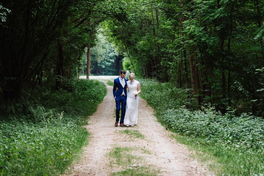 Waldspaziergang Shooting Hochzeitsfotograf Hamburg