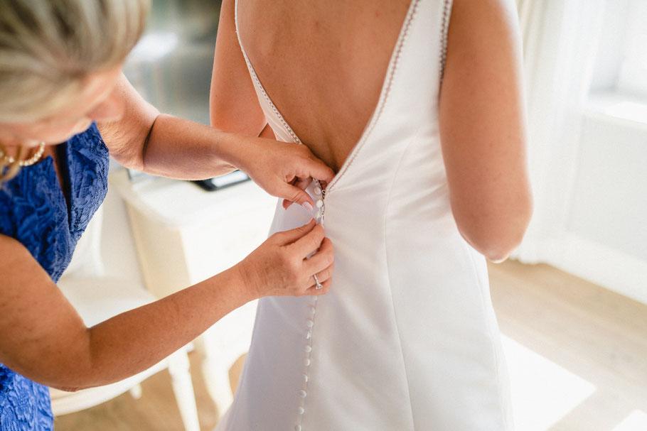 Kleid Getting Ready Knöpfe