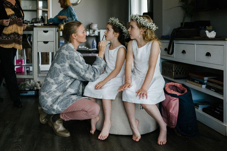 Kinder Braut Blumenmädchen Make Up Haare Schmuck