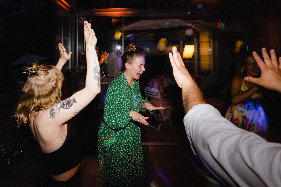 Party Grün Kleid Tanzen Hochzeit