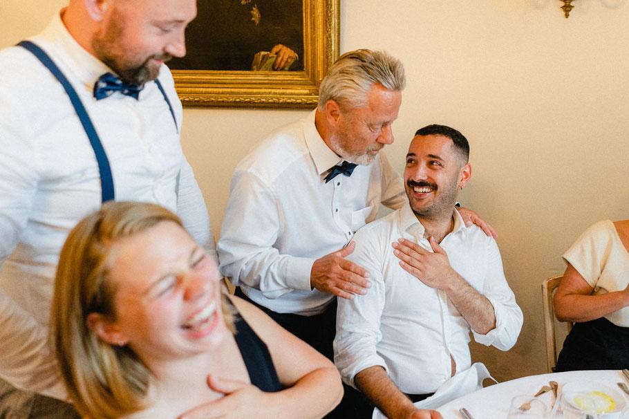 Lachen Hochzeit nah