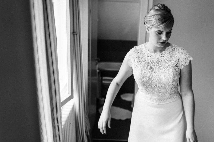 Braut hübsch Fenster Schleswig Holstein