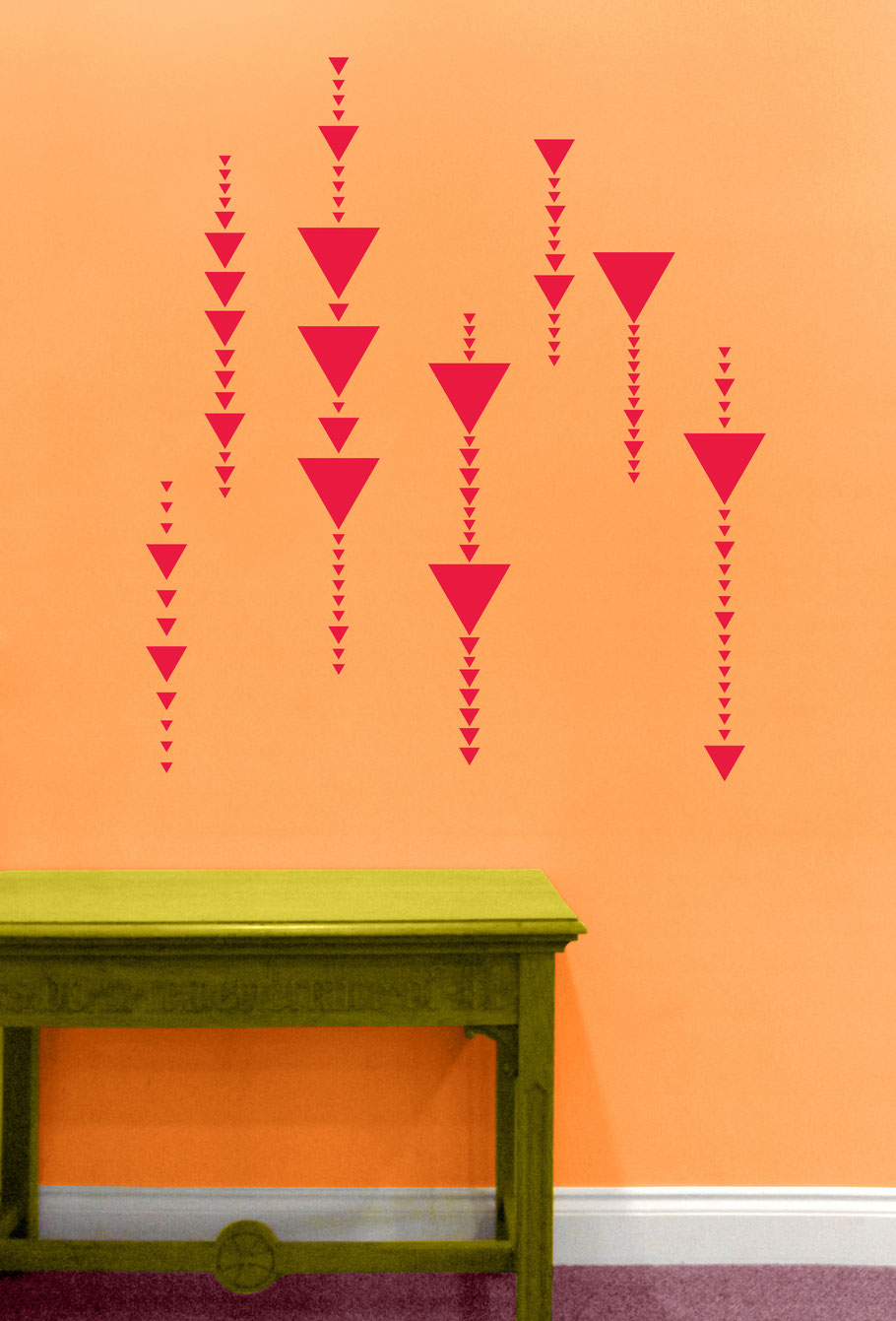 Mixed pack sizes of vinyl triangles to make your own interesting designs. They come in many colours and stick on flat smooth surfaces. Great for being spontaneously creative.