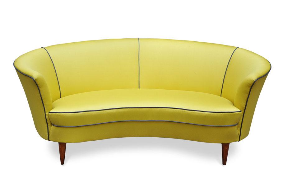divanetto vintage restaurato ad arte