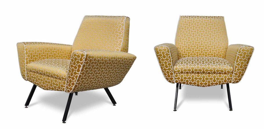 Poltrone vintage anni '60 restaurate e tappezzate da Atelier Caruso con tessuto Dedar