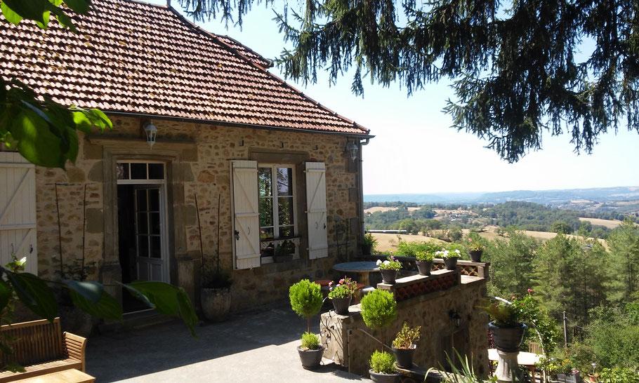 La Pébrunelle, vue sur la valée de la Dordogne et du Lot