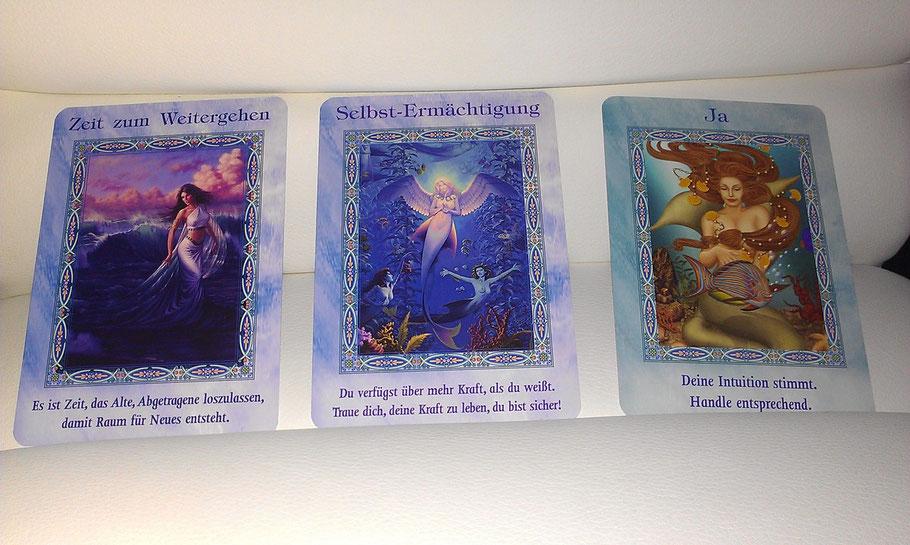 Aus: Der Zauber der Meerjungfrauen und Delfine: 44 Orakel-Karten
